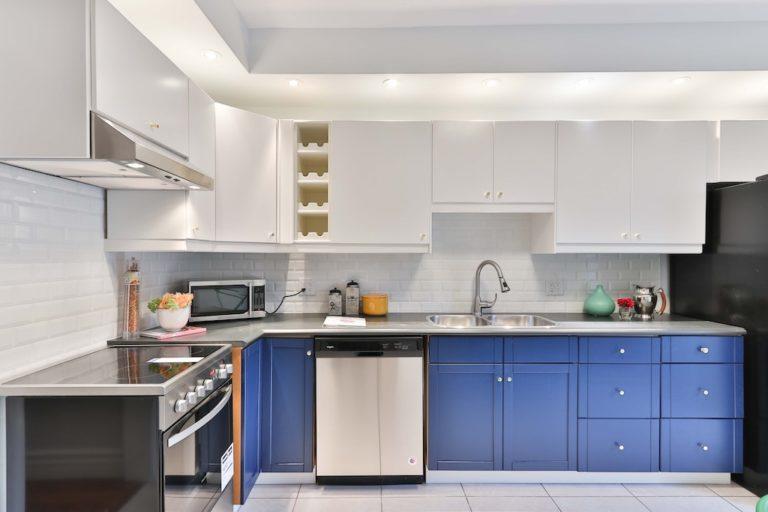cuisine-hall-de-l-habitat-renovation-maison-boutique-fenetres-interieur-pornichet-labaule-le-pouliguen-guerande-6