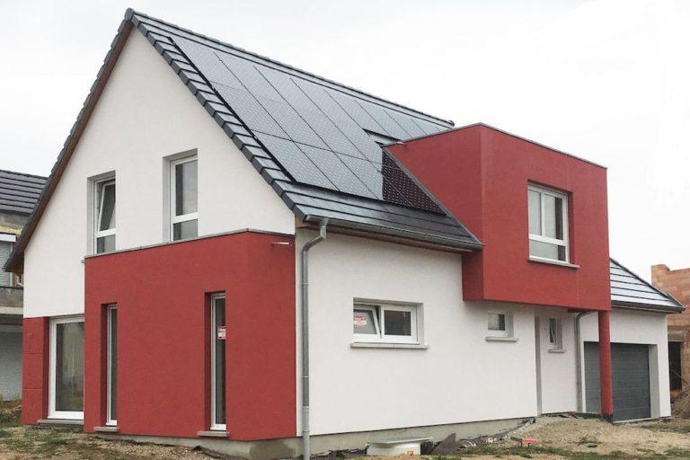decoration-ravalement-facade-peinture-hall-de-l-habitat-renovation-maison-boutique-fenetres-interieur-pornichet-labaule-le-pouliguen-guerande-1