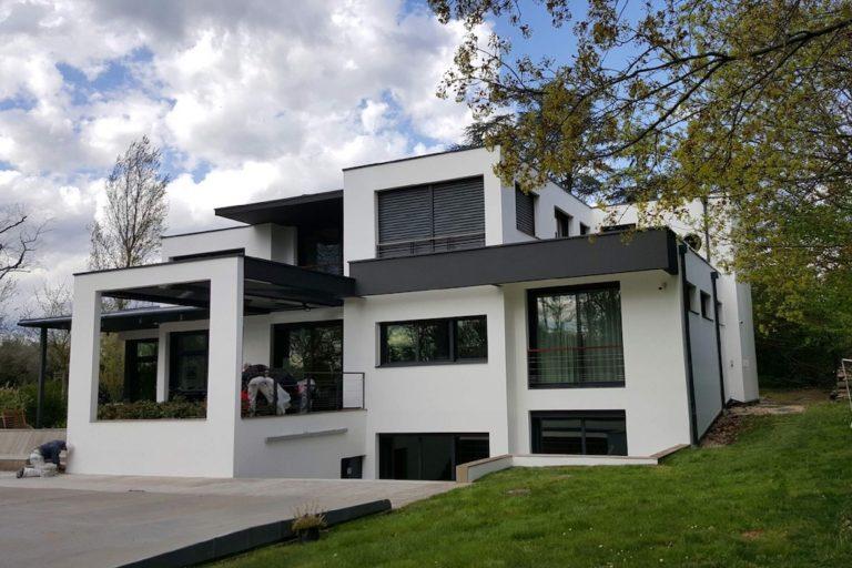 decoration-ravalement-facade-peinture-hall-de-l-habitat-renovation-maison-boutique-fenetres-interieur-pornichet-labaule-le-pouliguen-guerande-6