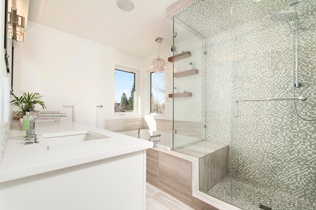 salle-de-bain-hall-de-l-habitat-renovation-maison-boutique-fenetres-interieur-pornichet-labaule-le-pouliguen-guerande